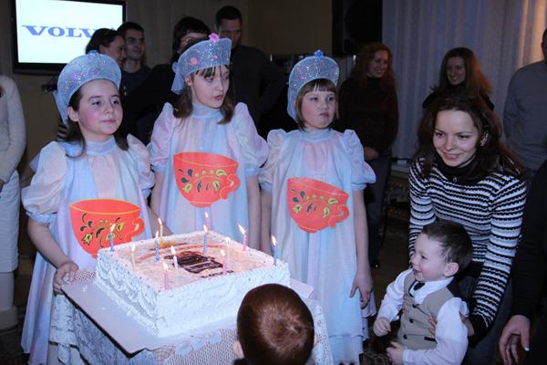 Компания Volvo организовала для воспитанников «Солнышка» праздник по случаю Дня рождения детского дома