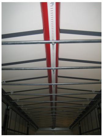 Безопасность в зимнюю пору - RSAB предотвращает образование опасной ледяной корки на тенте крыши