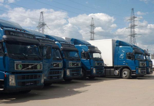 Компания Volvo Trucks поставила 16 тягачей Volvo FM 4x2 с полуприцепами Koegel для компании ЗАО МПБК Очаково