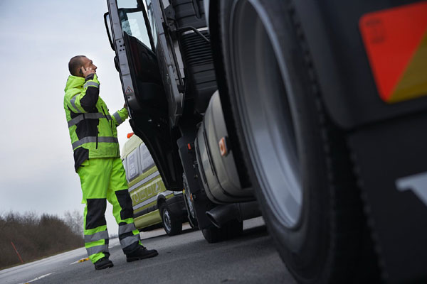 Компания Volvo Trucks выводит на российский рынок услугу Volvo Action Service