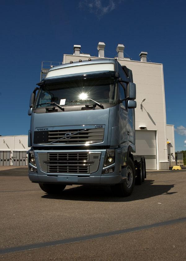 Самый мощный грузовой автомобиль в мире Volvo FH16 700 л.с. обрел первого покупателя