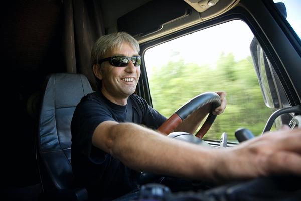 Volvo повышает безопасность на дорогах