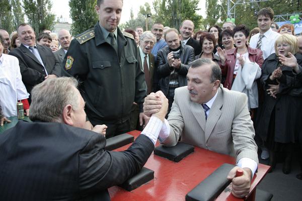 """Холдинговая Компания """"АвтоКрАЗ»  отпраздновала День машиностроителя"""