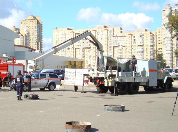 «АвтоКрАЗ»  переоснастит  МЧС мощной аварийно-спасательной техникой