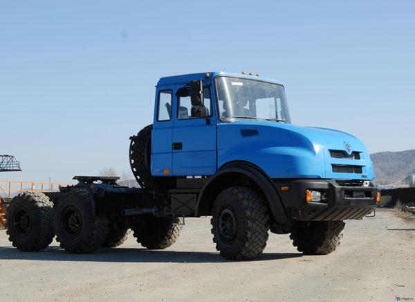 Новые автомобили Урал для нефтянников