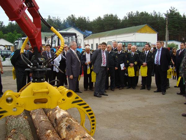 Лесовозную технику КрАЗ демонстрировали высшему руководству лесного хозяйства Украины