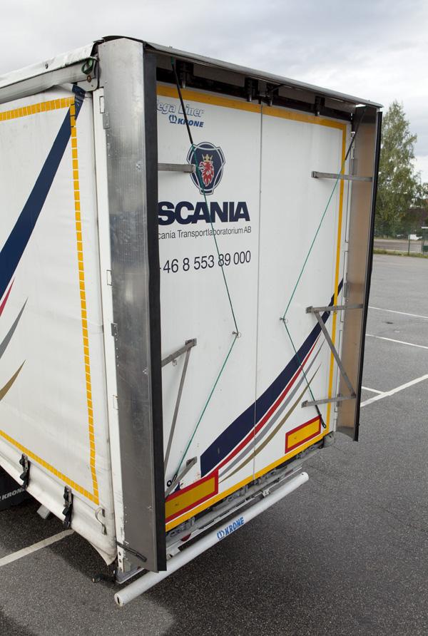 Scania проводит испытания спойлера, способного снизить расход топлива у грузовика на 2 процента
