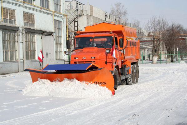 «АвтоКрАЗ» изготовил первые  комбинированные дорожные машины с оборудованием  «Rasco»
