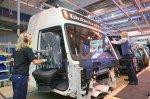 Завод Volvo Trucks в шведском Умео демонстрирует приверженность компании за ...