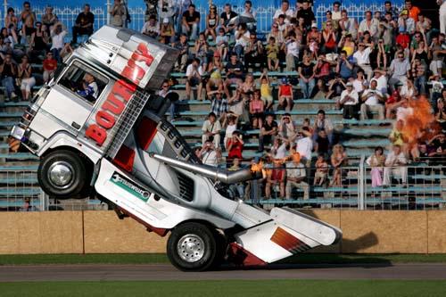 Летающие грузовики Патрика Борни