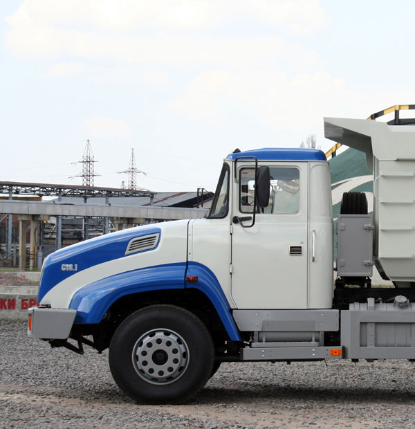 КрАЗ С18.1 – самосвал нового перспективного поколения капотных автомобилей  КрАЗ