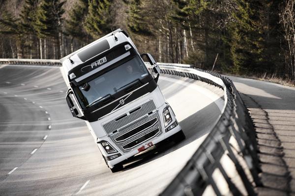 На долю нового Volvo FH выпали суровые испытания на качество
