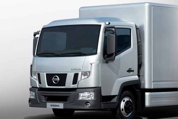 Nissan NT500 - сверхлегкий грузовик для Европейского рынка