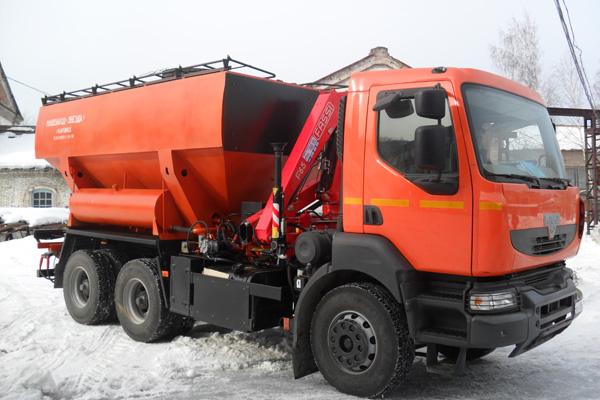 Зарядный автомобиль МЗ-3Б-16 на базе автомобиля КрАЗ С20.R