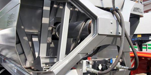 AMT разработали самосвальный прицеп с горизонтальной разгрузкой
