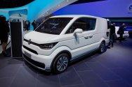 Volkswagen готовит новый фургон на электроприводе
