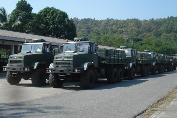 КРАЗ учит Тайских военных обращаться с грузовиком