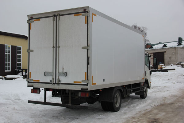 Фургон рефрижератор из сэндвич-панелей Isuzu NPR 75 от НижСпецАвто