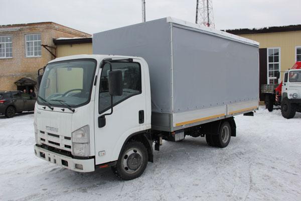 Новый автомобиль Isuzu NMR 85H с европлатформой от НижСпецАвто