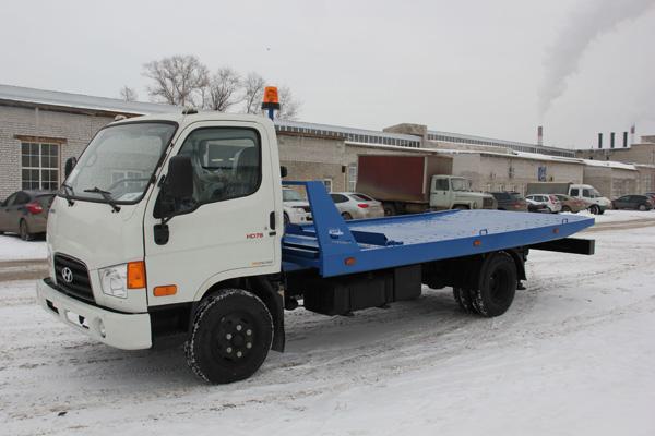 Завод «НижСпецАвто» выпустил эвакуатор Hyundai HD 78 со сдвижной платформой