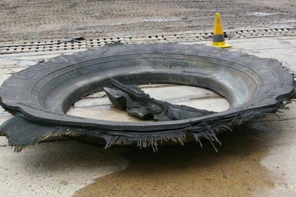 Сэкономили $ 5 на дешевом ремонте шин... Надеемся, вы хотя бы застрахованы?
