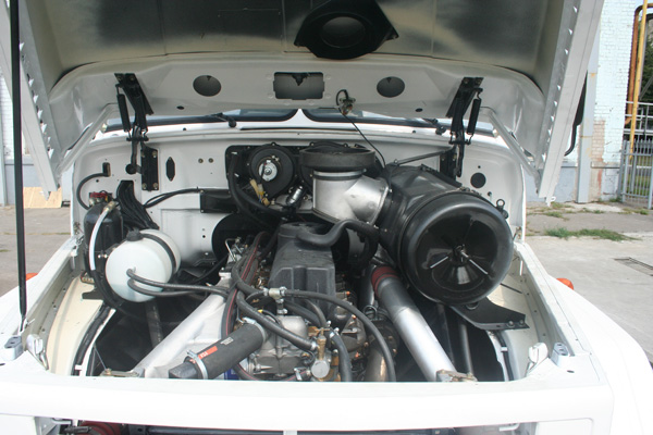 На серийные автомобили КрАЗ адаптирован новый двигатель Ford-Ecotorq