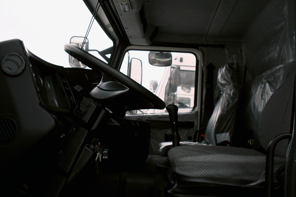 МАЗ 4371 с европлатформой