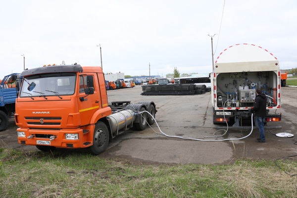 Готовы первые КАМАЗы, работающие на сжиженном природном газе