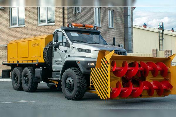 Новый шнекороторный снегоочиститель на базе Урал NEXT
