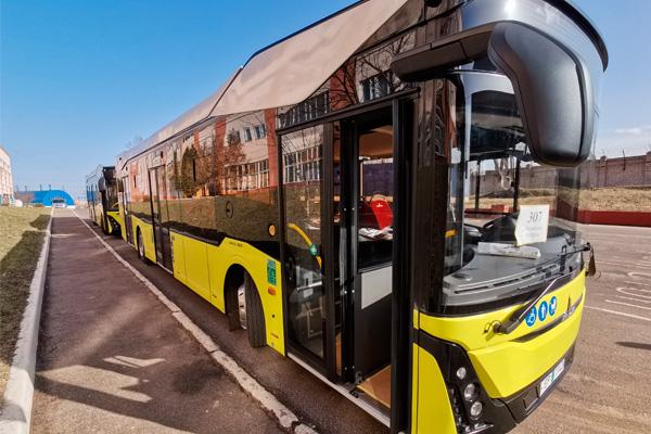 Новые автобусы МАЗ-303065 для Минска
