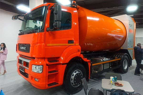 Презентация мусоровоза FAUN Rotopress на базе шасси КАМАЗ-5325