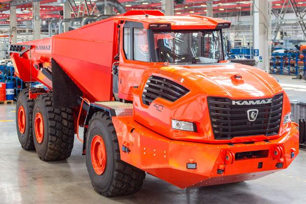 КАМАЗ презентовал новейший карьерный самосвал КАМАЗ-6561