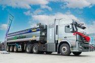 Гигантская стройка с водородными грузовиками - уже поставлено 100 тягачей