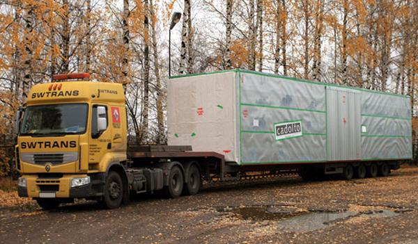 Грузовики РЕНО ТРАКС на перевозке крупногабаритных грузов