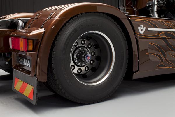 Black Amber от Svempas - сногсшибательная модель от Scania