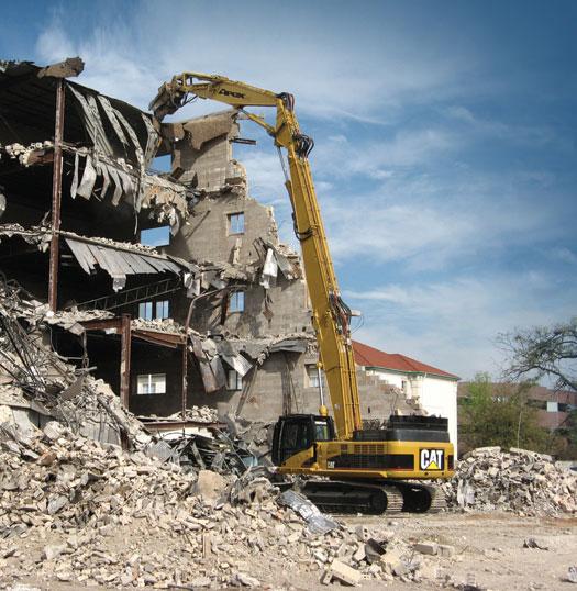 Caterpillar и Jewell начнут производить экскаваторы в оснащении для сноса зданий повышенной досягаемости