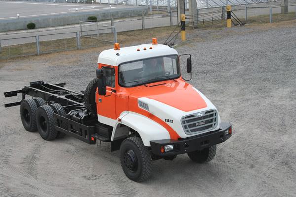 АвтоКрАЗ развивает новую линейку капотных автомобилей