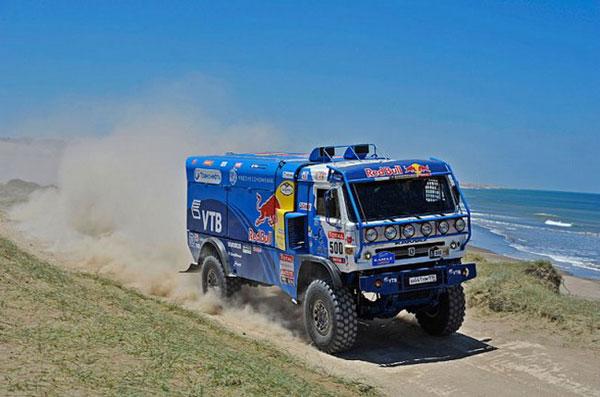 КАМАЗ сняли с гонки Дакар-2012