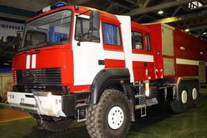 На шасси автомобиля «Урал» создан уникальный комплекс пожаротушения