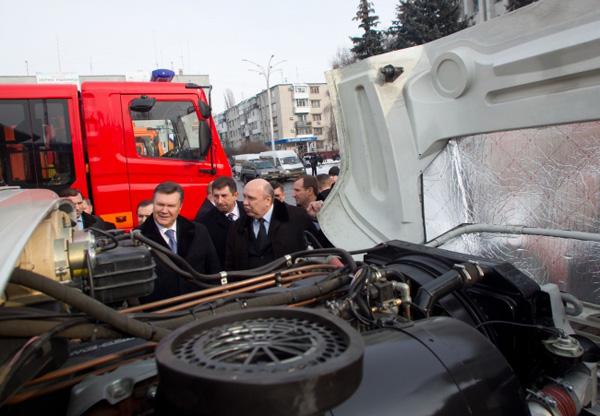 Президент Украины дал высокую оценку новым отечественным автомобилям КрАЗ