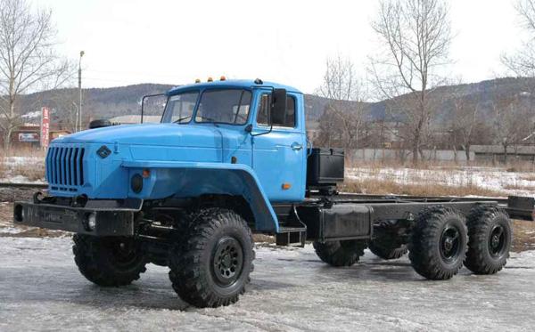 УРАЛ выпустил пробную партию автомобилей с рядным двигателем класса «Евро-4»