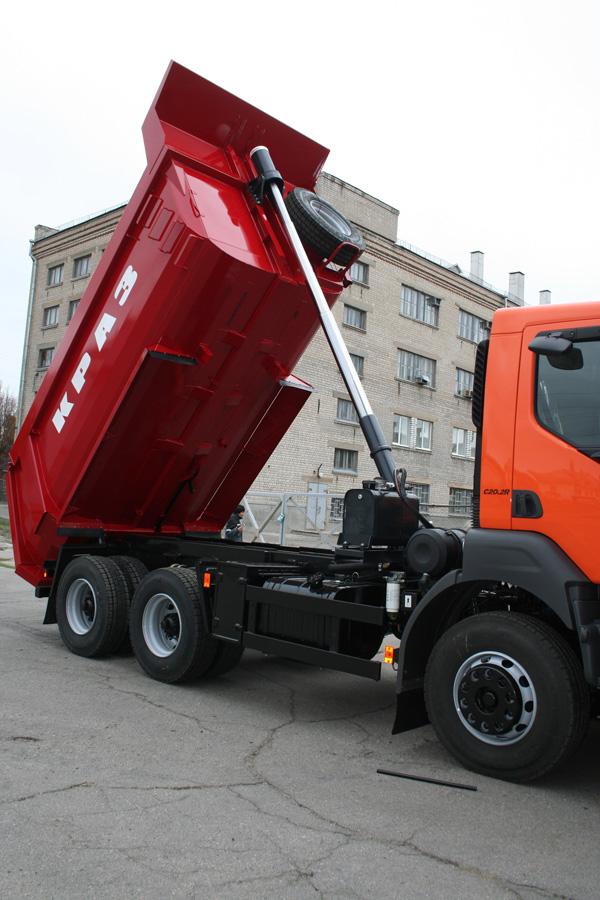 Cамосвал КрАЗ С20.2R дебютировал в Екатеринбурге