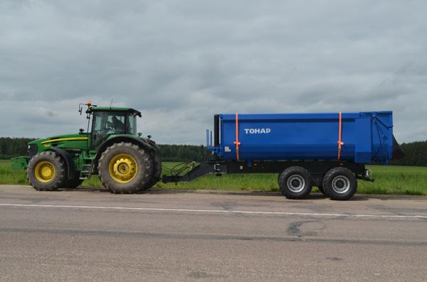 Перевозка силоса. Испытание тракторного прицепа ПТ-2