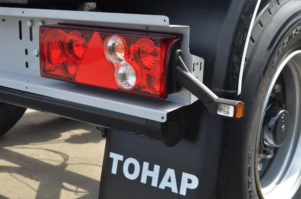 Тонар примеряет новый фонари на всю прицепную технику