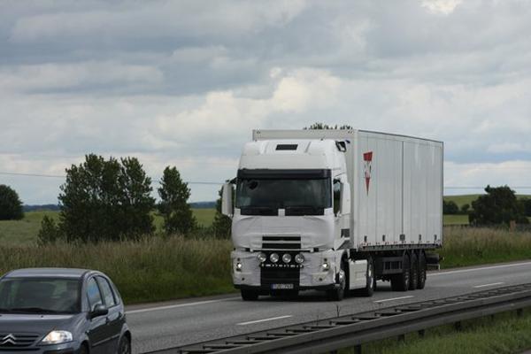 Volvo представляет новый двигатель, соответствующий нормам токсичности Euro 6