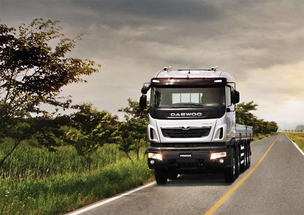 Tata Daewoo показали обновленные грузовики Prima и Novus
